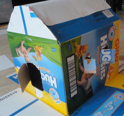 Attivit per bambini costruire una casa di cartone sos - Costruire una casetta di cartone per bambini ...