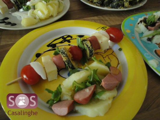 Spiedini di verdura e wurstel