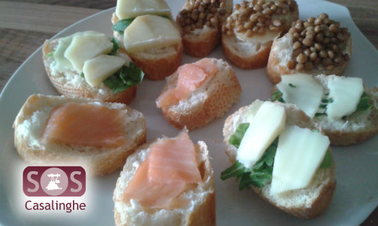 Tartine con Salmone, Lenticchie e Scamorza