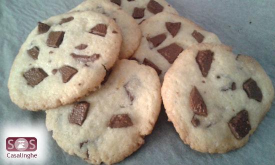 Ricetta Cookies con gocce di cioccolato